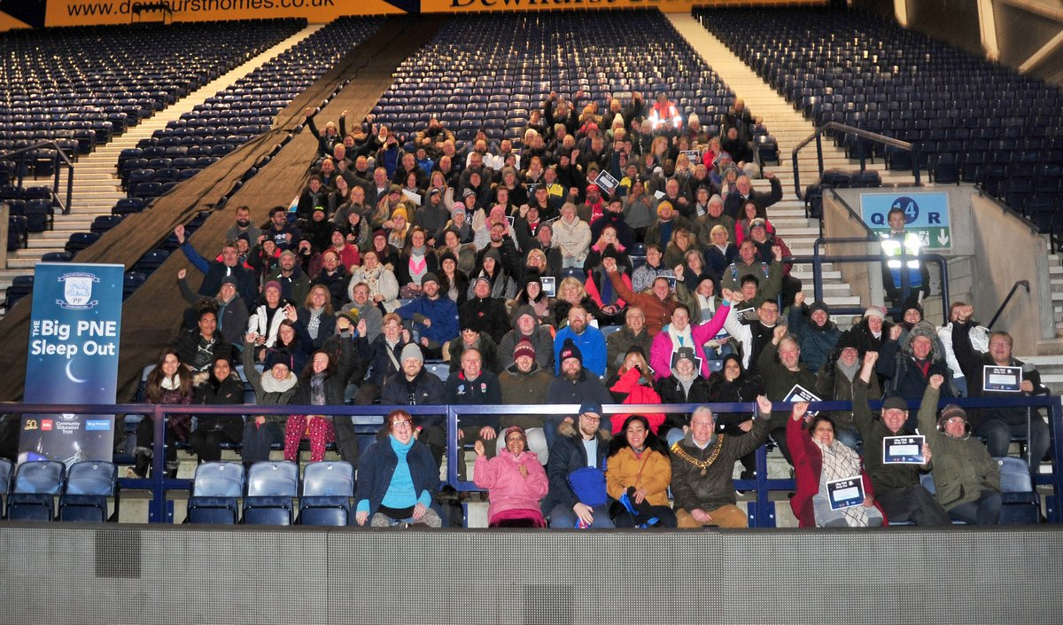 participants gather together for the BigSleepout